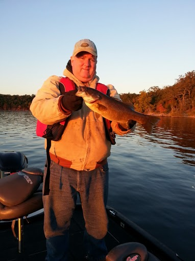 Branson fishing guides table rock lake focused fishing for Branson fishing guide